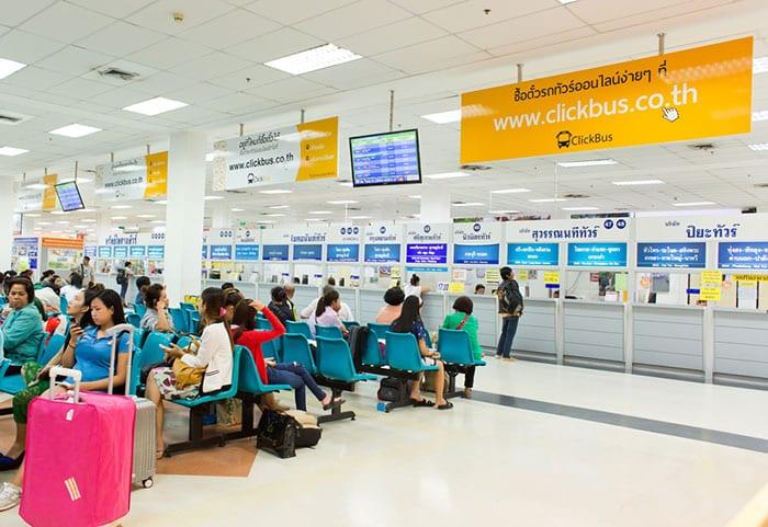 Terminal de autobuses sur de Bangkok (Sai Tai Mai)