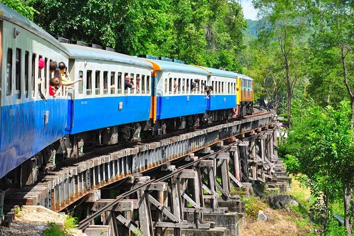 Train Bangkok to Krabi