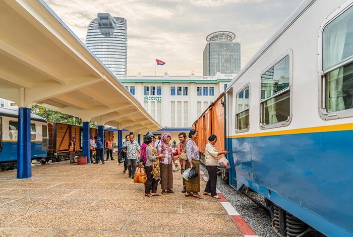 En tren de Phnom Penh a Sihanoukville