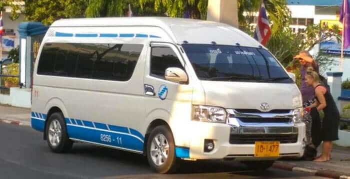 En minibús de Krabi a Phuket