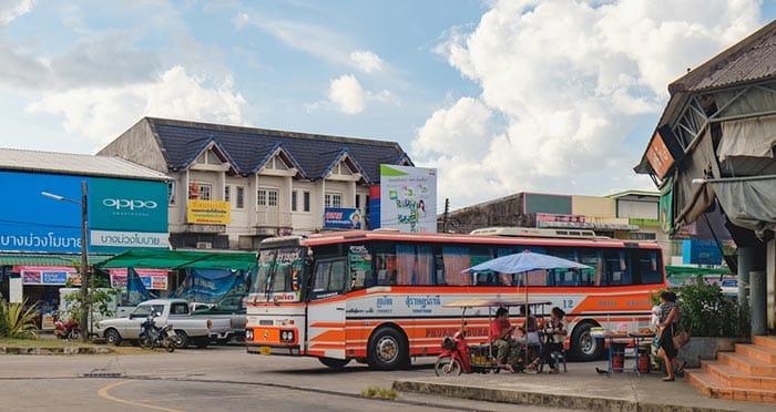 Autobús de Phuket a Khao Lak