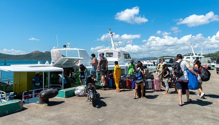 De Puerto Princesa a Corón en autobús y ferry