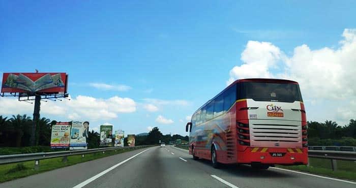 ¿Es seguro viajar en autobús en Malasia?