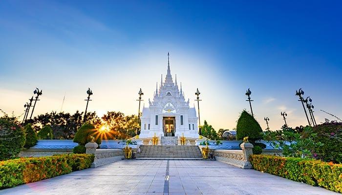 Templos en Surat Thani