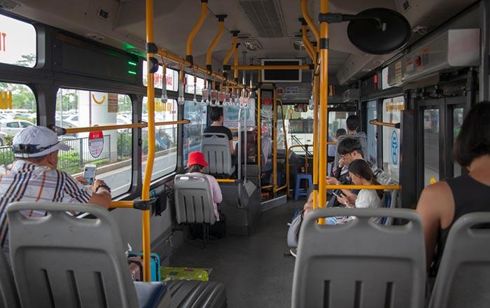 Del Aeropuerto de Hanói a la ciudad en autobús público