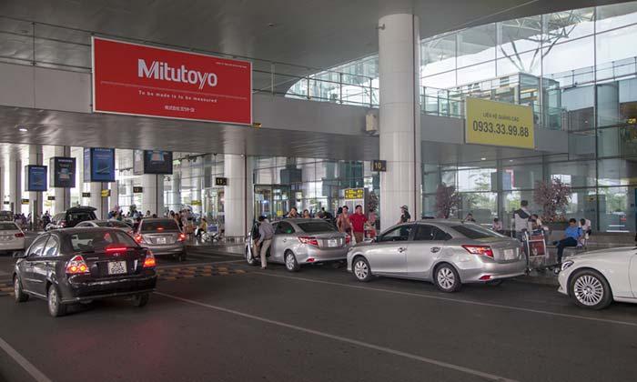 Del Aeropuerto de Hanói a la ciudad con servicio de traslado del hotel