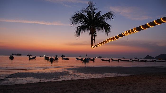 Sairee Beach