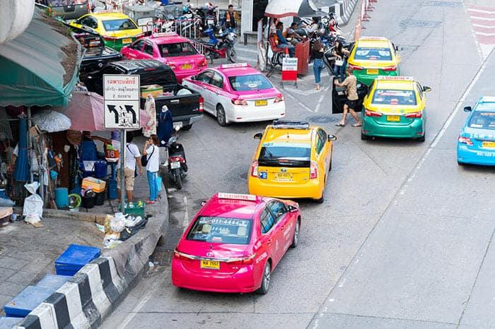 De Bangkok a Khao Lak en taxi